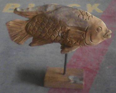 Teak fish on stand 34 cm