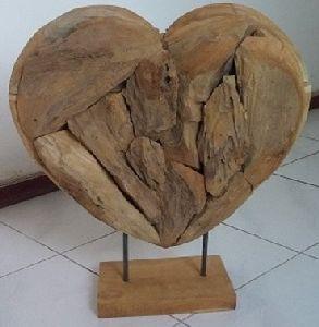 Teak heart on stand 50 cm
