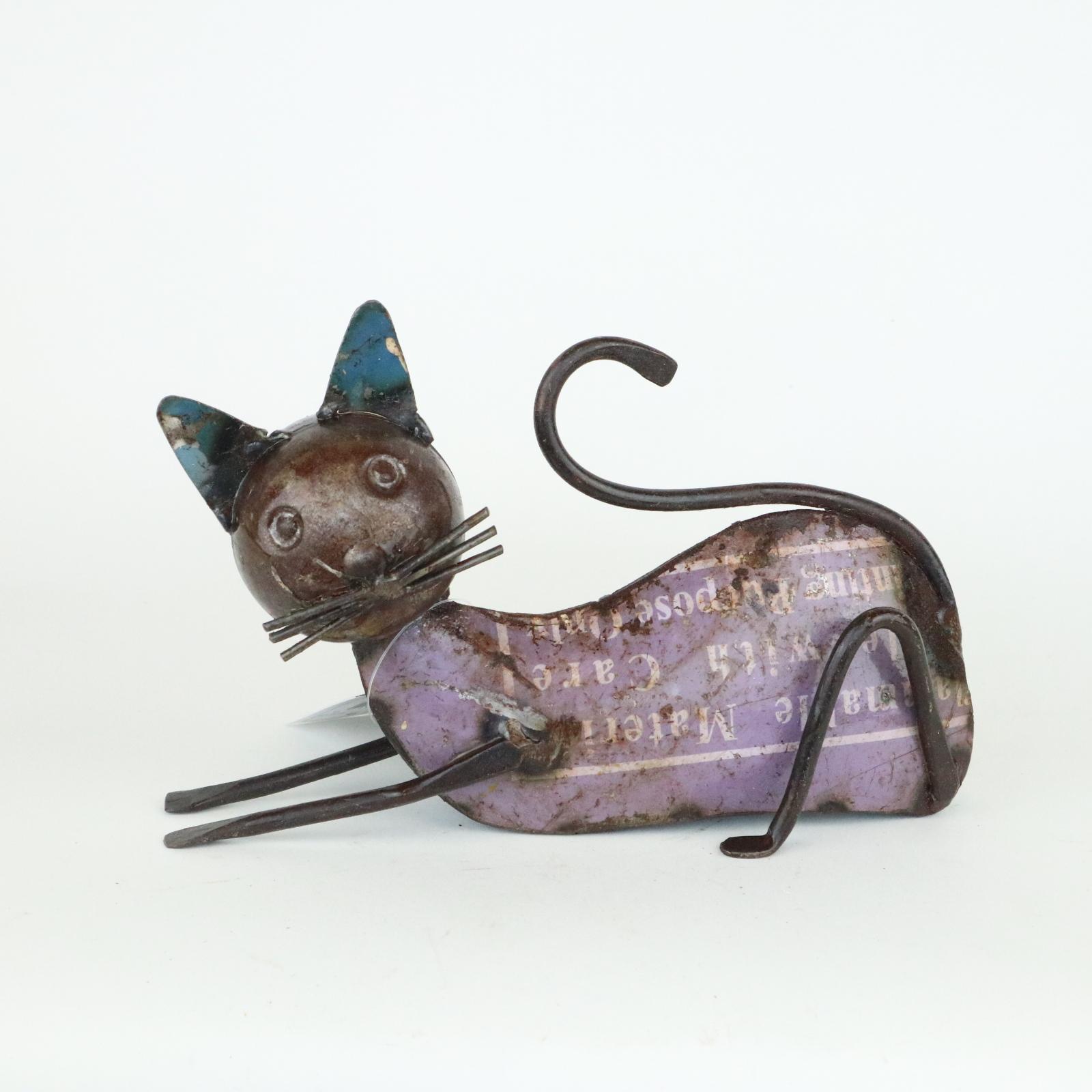 Cat 13 cm
